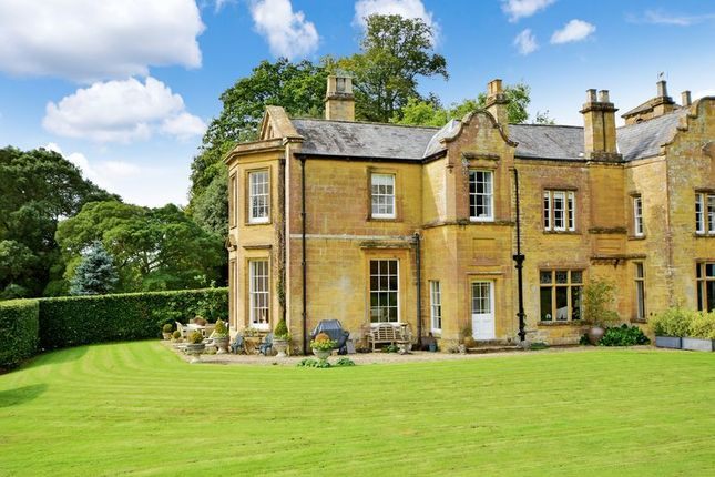Thumbnail Country house for sale in Dorchester Road, Yeovil
