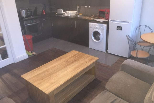 Thumbnail Flat to rent in Westgate Road, Newcastle City Centre, Newcastle City Centre, Tyne And Wear