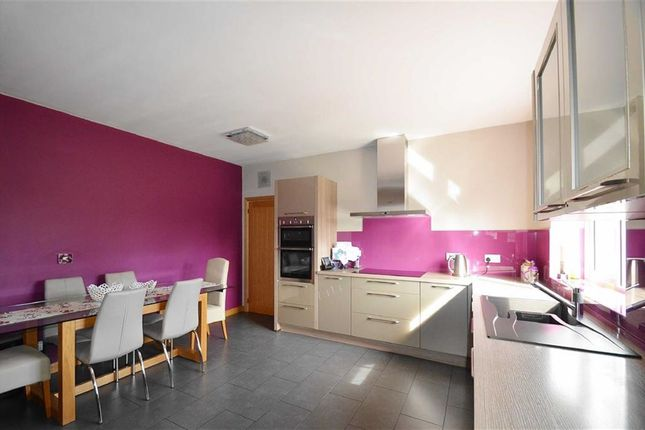 Thumbnail Property for sale in Shipwrights Drive, Benfleet, Essex