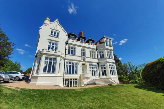 Thumbnail Flat for sale in Hammerwood Road, Ashurst Wood, East Grinstead