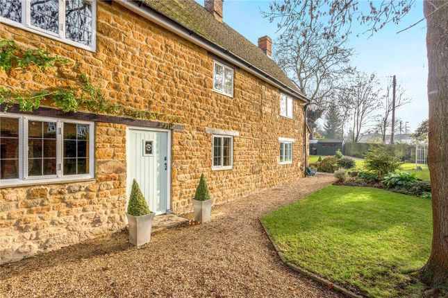 Thumbnail Detached house for sale in Church Street, Bloxham, Banbury, Oxfordshire