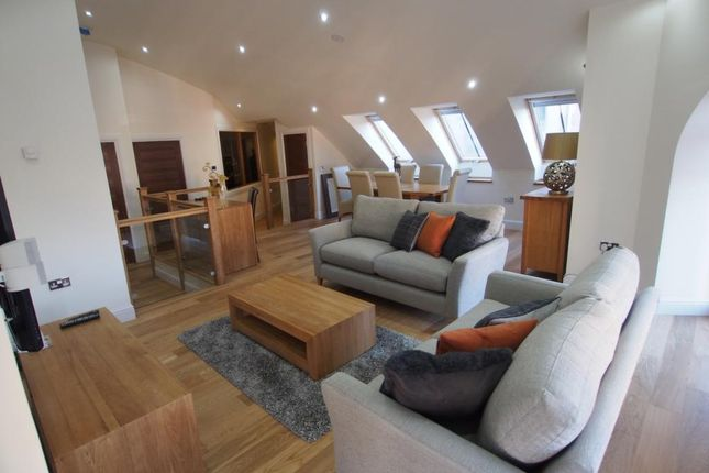 2 bed flat to rent in Beechgrove Avenue, First Floor AB15