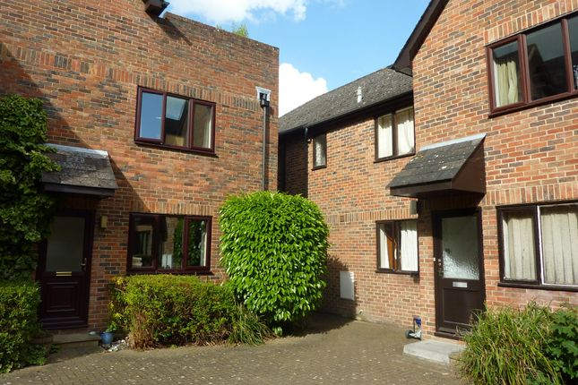 Studio to rent in Staple Gardens, Winchester SO23