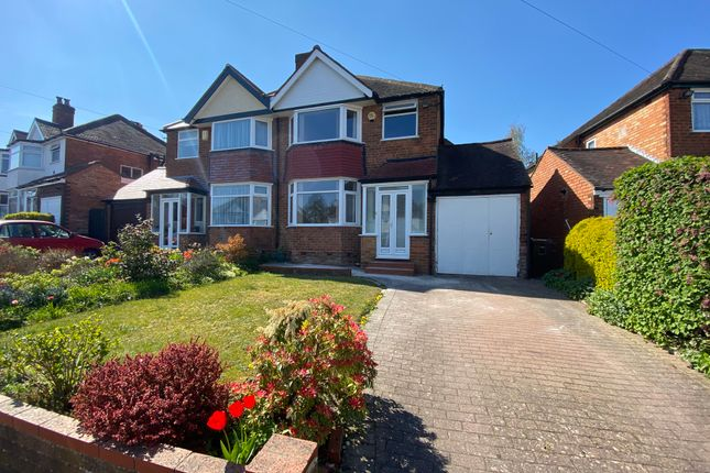 3 bed semi-detached house to rent in Arundel Crescent, Solihull B92