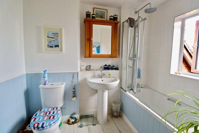 Bathroom  of Old Town Mews, Old Town, Stratford-Upon-Avon CV37