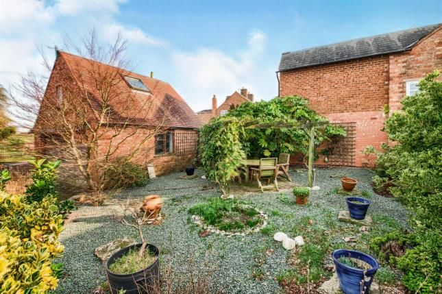 Garden of Banbury Road, Ettington, Stratford Upon Avon, Warwickshire CV37