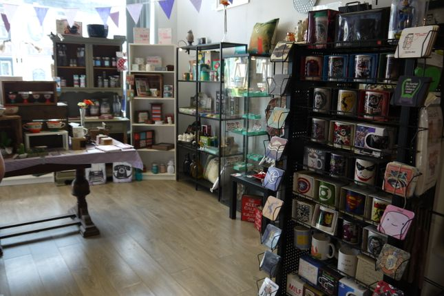 Retail premises for sale in Gifts & Cards OL14, West Yorkshire
