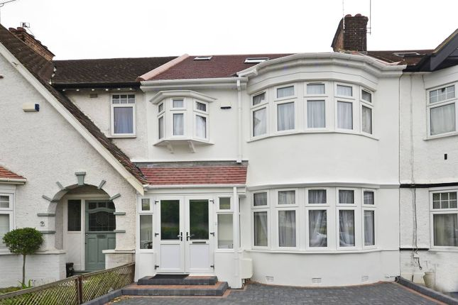 4 bed property to rent in Woodberry Grove, North Finchley