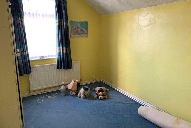 Picture No. 03 of Queens Villas, Ebbw Vale, Blaenau Gwent NP23