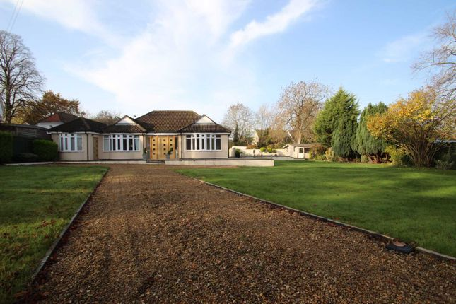 3 bed bungalow to rent in Iffley Turn, Oxford OX4