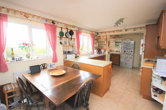 Kitchen Breakfast Room B