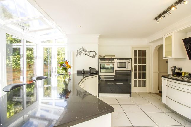 3 bedroom detached house for sale in Mill Lane, Barham, Canterbury