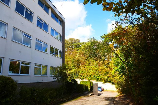 Thumbnail Flat for sale in Glenmore Road, Salisbury