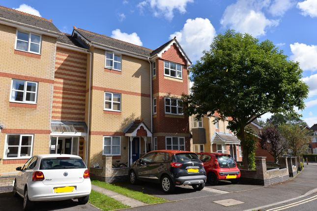 Thumbnail Flat to rent in Demesne Furze, Oxford