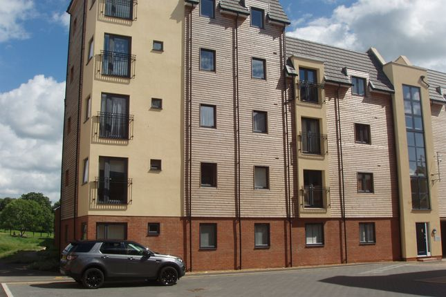 Flat for sale in Midshires Business Park, Smeaton Close, Aylesbury