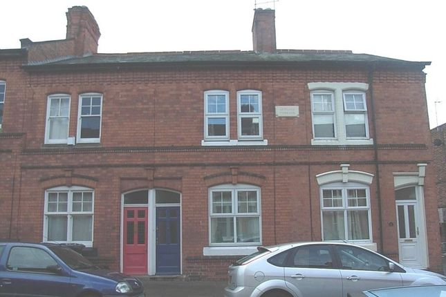 Thumbnail Flat to rent in Montague Road, Clarendon Park, Leicester
