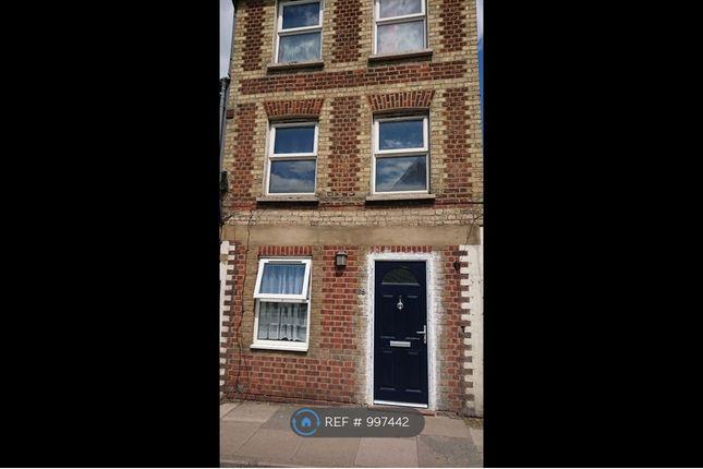 1 bed flat to rent in Walton Street, Aylesbury HP21