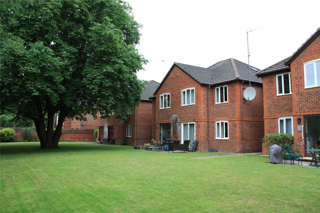 Thumbnail Flat for sale in Parkhouse Court, Parkhouse Lane, Reading, Berkshire