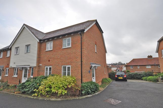 2 bed end terrace house for sale in The Spinners, Burfield Valley, Hailsham BN27