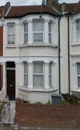 Thumbnail Studio to rent in Sandringham Road, Willesden