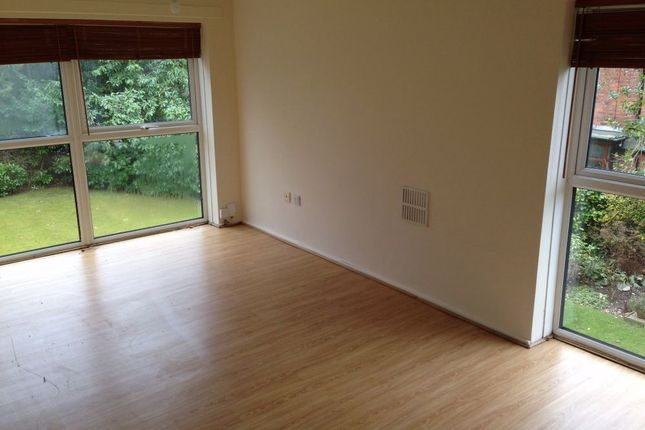 2 bed flat to rent in Middleton Hall Road, Birmingham, West Midlands
