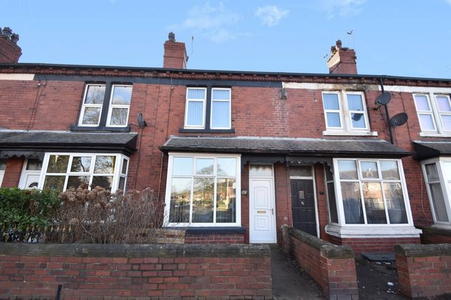 3 bed terraced house to rent in Leeds Road, Kippax, Leeds LS25