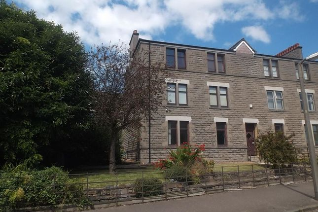 2 bed flat to rent in Corso Street, Dundee