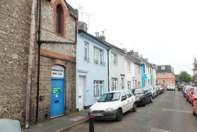 3 bed terraced house to rent in Coleman Street, Hanover, Brighton