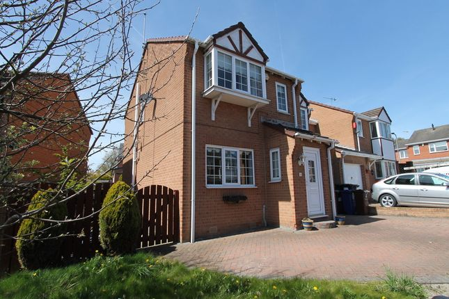 Thumbnail Detached house to rent in Old House Close, Hemingfield, Barnsley
