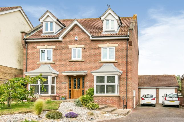 Thumbnail Detached house for sale in Low Road, Dovercourt, Harwich