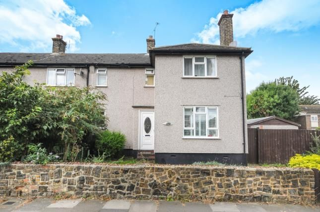 3 Bed End Terrace House For Sale In Bournemouth Park Road Southend On