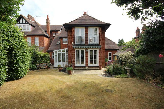 Thumbnail Flat for sale in Salisbury Avenue, Harpenden, Hertfordshire