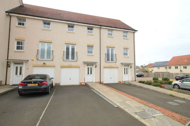Thumbnail Terraced house for sale in 15 Blink O'forth, Prestonpans