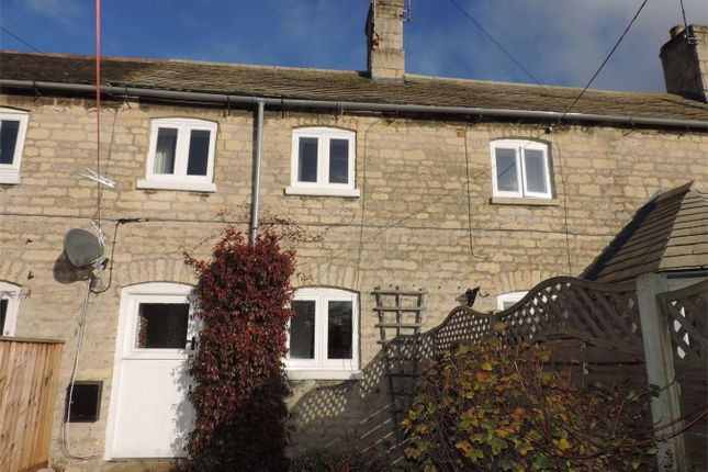 2 bed terraced house to rent in Bull Lane, Ketton, Lincolnshire