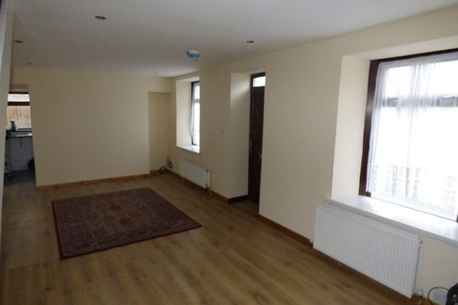2 bed end terrace house to rent in Hunter Street, Briton Ferry, Neath. SA11