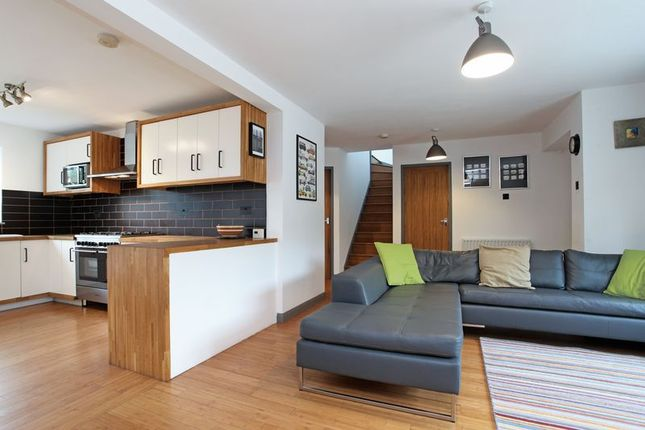Thumbnail Semi-detached bungalow to rent in Heathrow, Gomshall, Guildford
