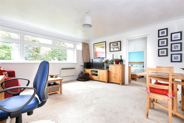 Thumbnail Flat for sale in New Court, Addlestone, Surrey