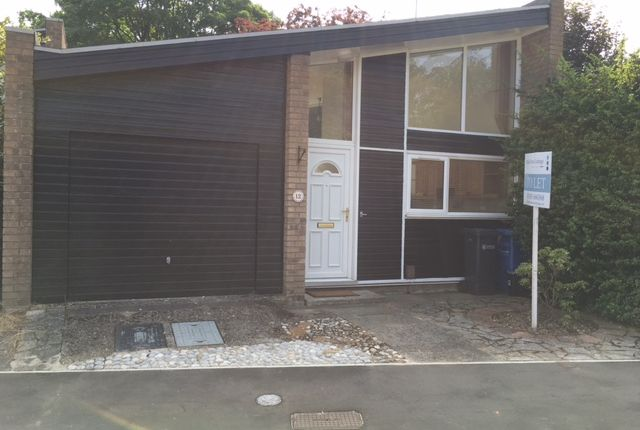 Thumbnail Detached bungalow to rent in Caroline Close, Norwich