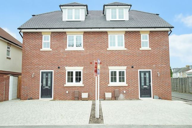 Thumbnail Town house for sale in Cornaway Lane, Fareham