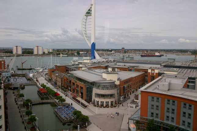 3 bed maisonette to rent in The Crescent, Portsmouth