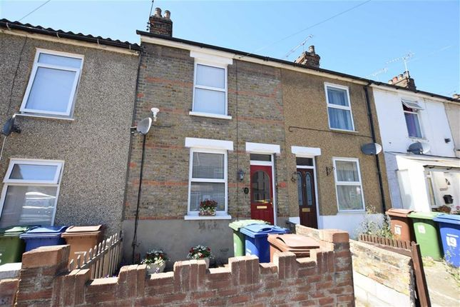 2 bed terraced house for sale in Richmond Road, Grays, Essex