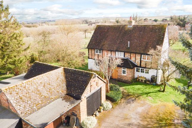Thumbnail Equestrian property for sale in Ivinghoe Aston, Leighton Buzzard