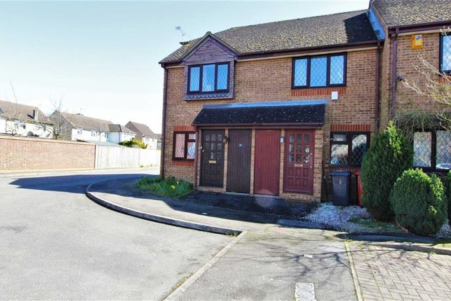 Thumbnail Terraced house to rent in Langton Close, Cippenham, Berkshire