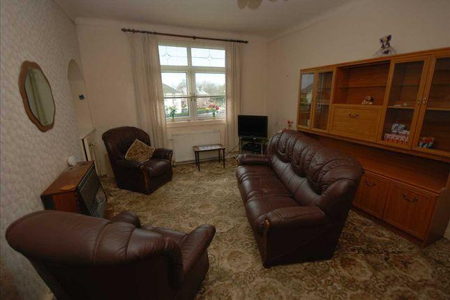 Lounge of Glencairn Street, Stevenston KA20