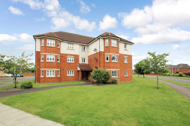 Thumbnail Flat for sale in Cairnwell Gardens, Motherwell