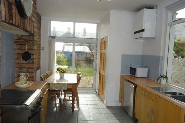 Thumbnail Property to rent in Edington Avenue, Heath, Cardiff