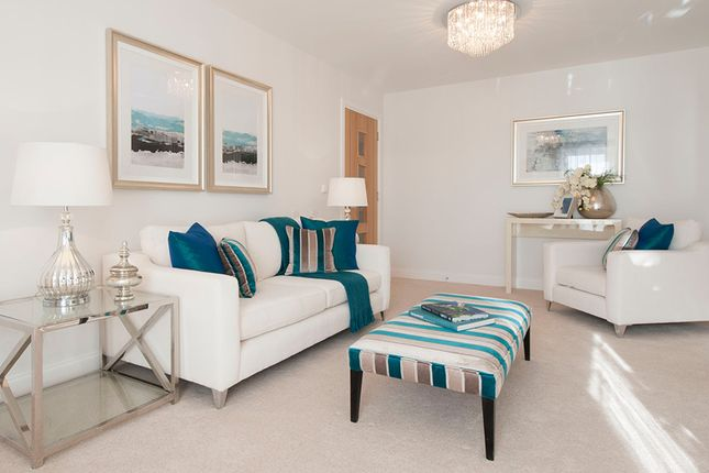 2 bedroom flat for sale in Kenn Road, Clevedon