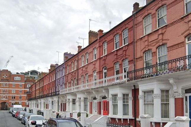 Thumbnail Flat to rent in Stanwick Road, London