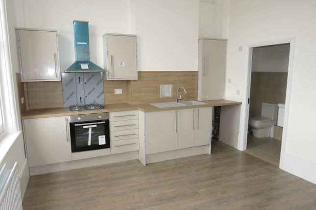 Thumbnail Flat to rent in Station Street, Burton On Trent