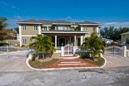 Twynam Close, Nassau, The Bahamas